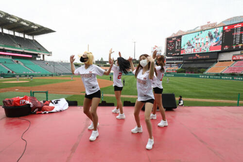SK Wyverns v Hanwha Eagles - KBO League Opening Game